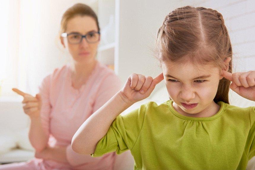 10 худших фраз, которые родители могут сказать детям