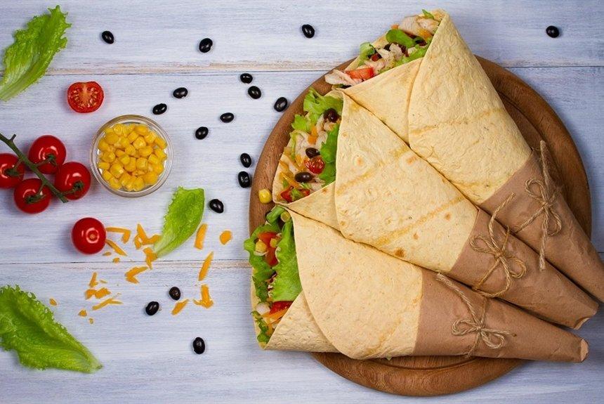 Где делают самую вкусную шаурму? Мнения поклонников блюда и шеф-поваров