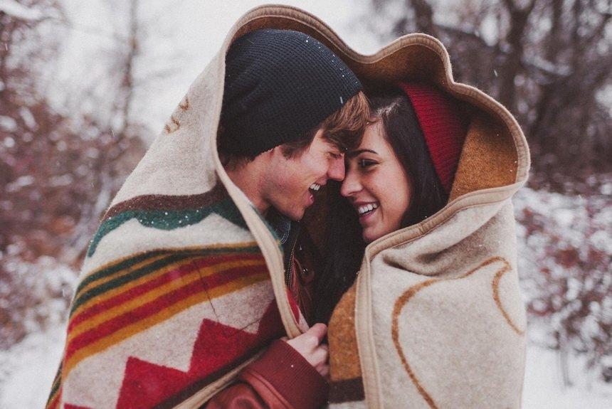 Романтический плейлист: 15 самых известных песено любви