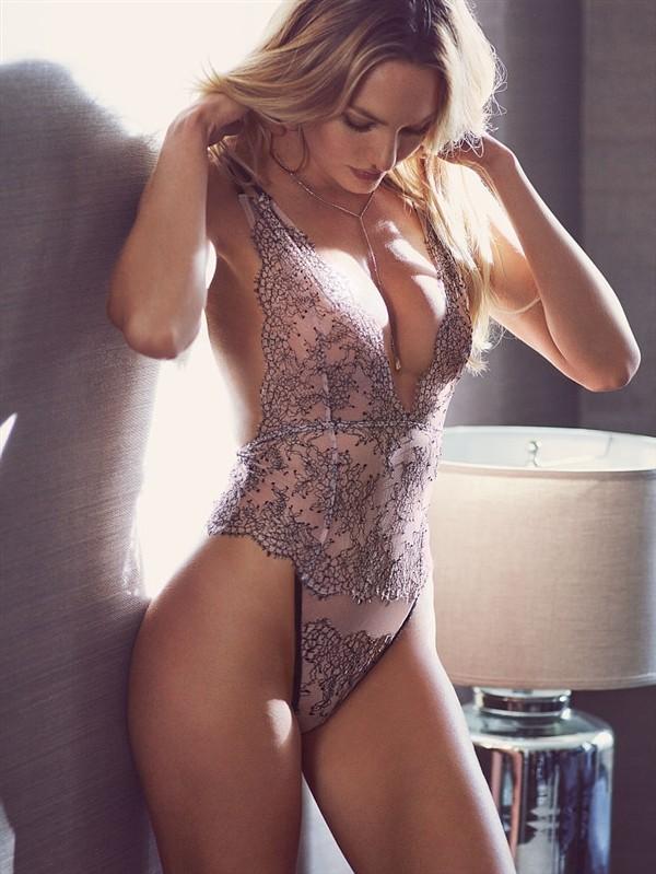 Фото самые сексуальное нижнее белье массаж с деревянными массажерами