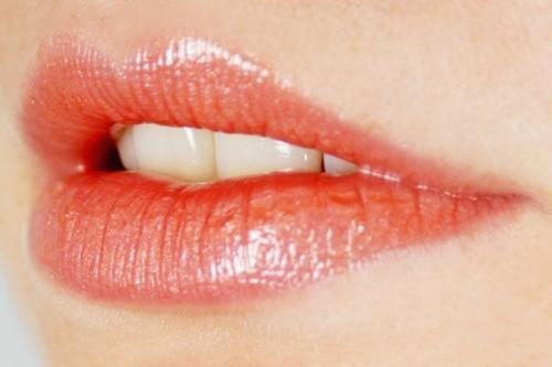 Основа для губной помады