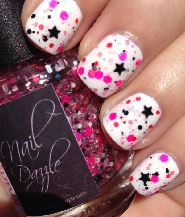 Блестки и звезды на ногтях
