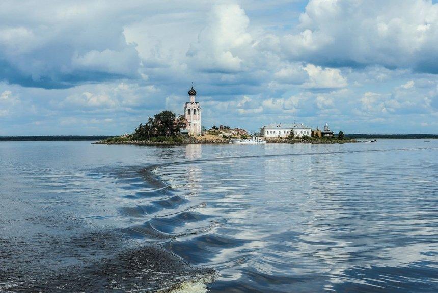 Серебряное ожерелье России: 5 городов для путешествий этим летом