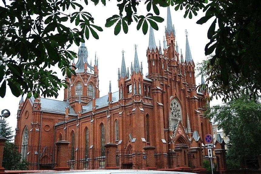 Духовное путешествие по Москве: 5 святынь столицы