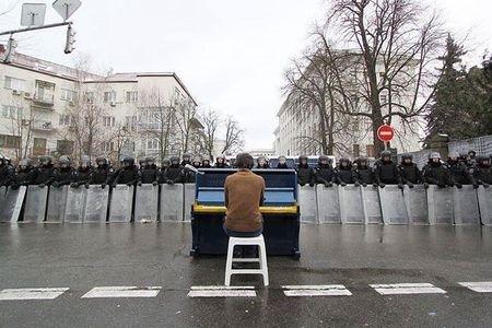 Пианист против войны
