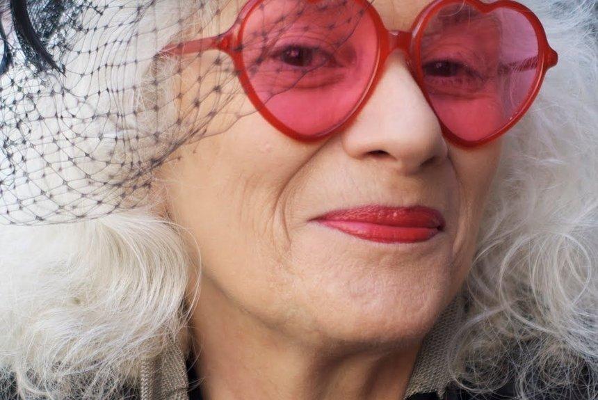 Бабушка по гороскопу: астрологи знают, каким станет ваш характер с возрастом
