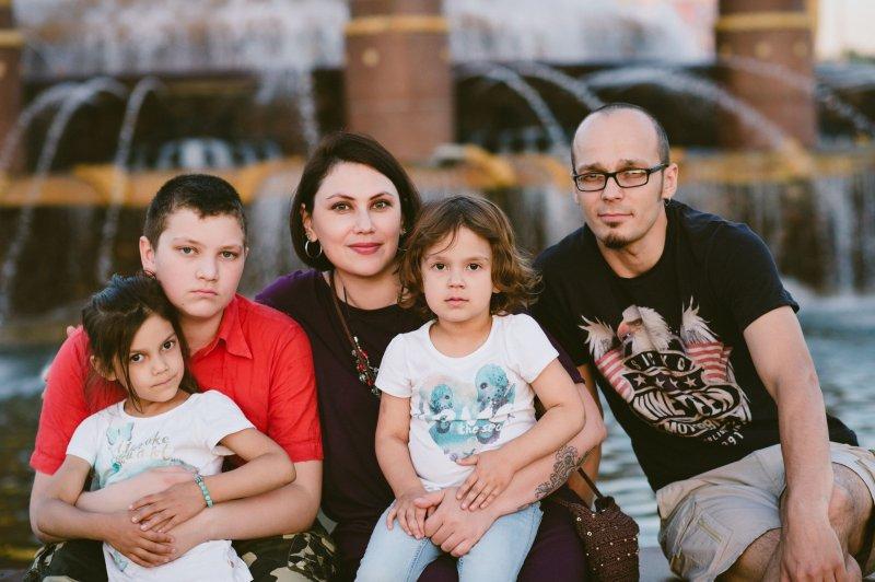 Лада Лапина с детьми