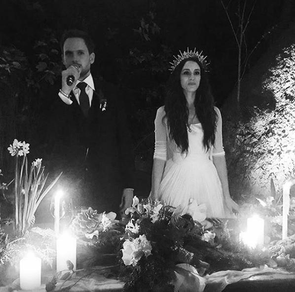 троэйн беллисарио и патрик адамс свадьба
